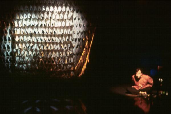 Pikkubussilla alkuräjähdyksestä atomiaikaan, 1996