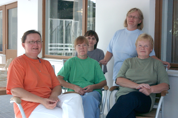 Vilkkuvat väripilkut, 2003